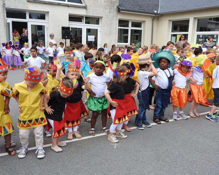 Fête De L'Ecole Maternelle Sainte-Bernadette à Vitré