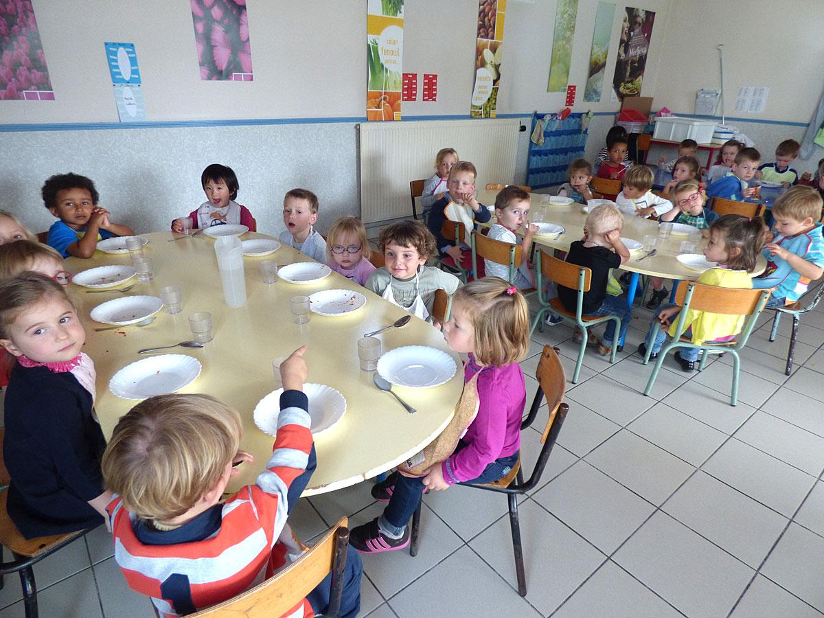 La cantine de l'école Sainte-Bernadette à Vitré