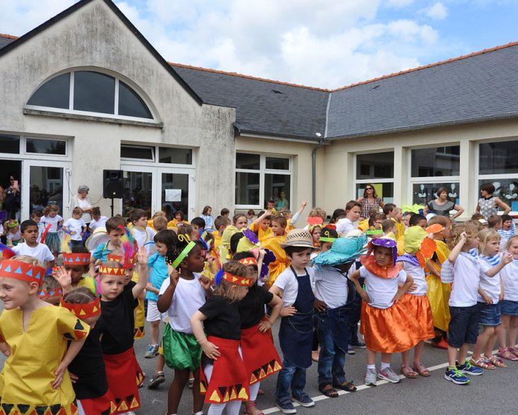 La Fête De L'école Sainte-Bernadette à Vitré (35)